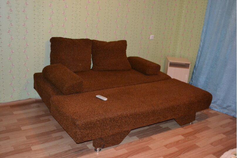 4-комн. квартира, 60 кв.м. на 8 человек, Северный проезд, 12, Красноярск - Фотография 5