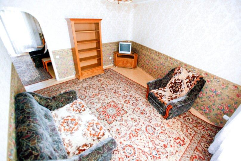 4-комн. квартира, 80 кв.м. на 8 человек, Северный проезд, 16, Красноярск - Фотография 3