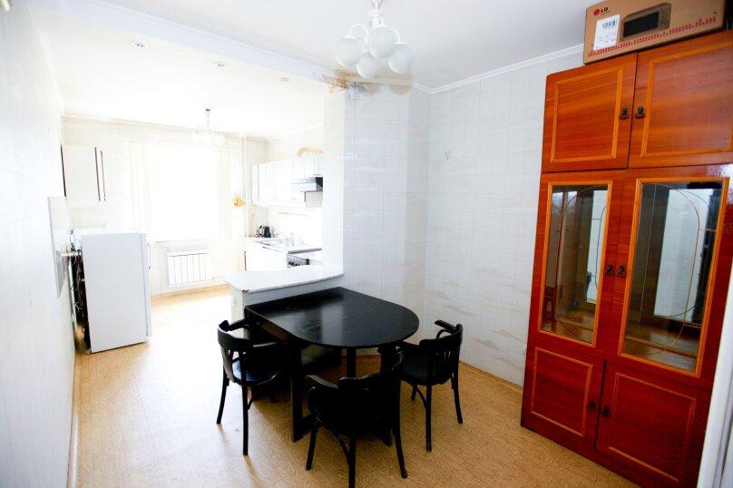 4-комн. квартира, 80 кв.м. на 8 человек, Северный проезд, 16, Красноярск - Фотография 6