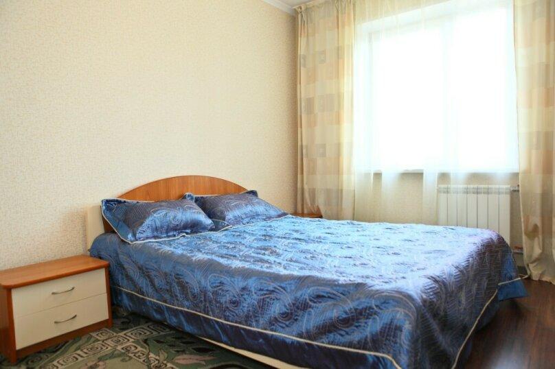3-комн. квартира, 80 кв.м. на 8 человек, Северный проезд, 16, Красноярск - Фотография 4