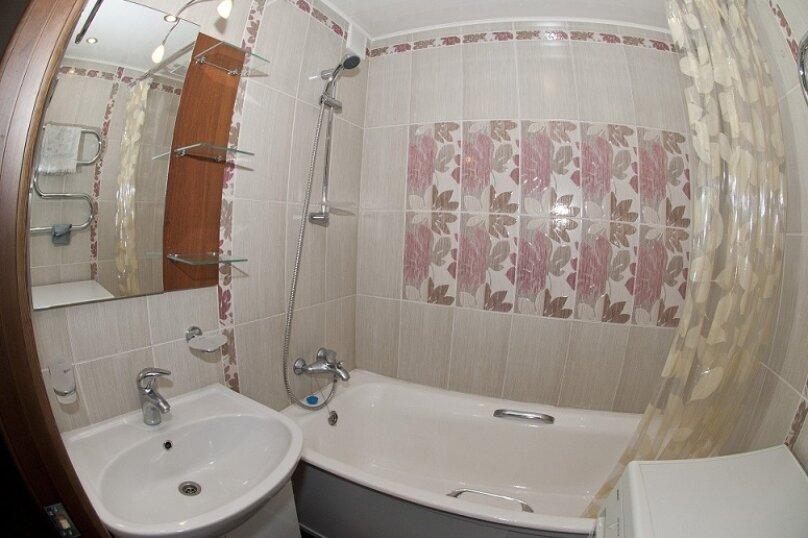 3-комн. квартира, 80 кв.м. на 8 человек, Северный проезд, 16, Красноярск - Фотография 8