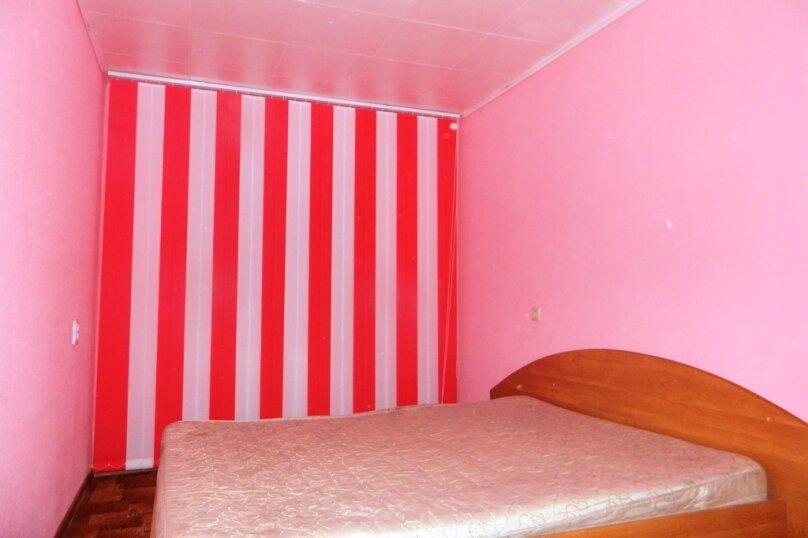 2-комн. квартира, 54 кв.м. на 6 человек, улица Александра Матросова, 9Б, Красноярск - Фотография 3