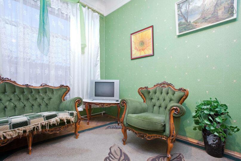 3-комн. квартира, 102 кв.м. на 4 человека, Невский проспект, 141, метро А.Hевского пл., Санкт-Петербург - Фотография 6