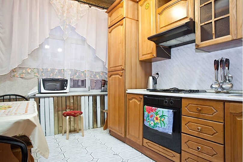 3-комн. квартира, 102 кв.м. на 4 человека, Невский проспект, 141, метро А.Hевского пл., Санкт-Петербург - Фотография 11
