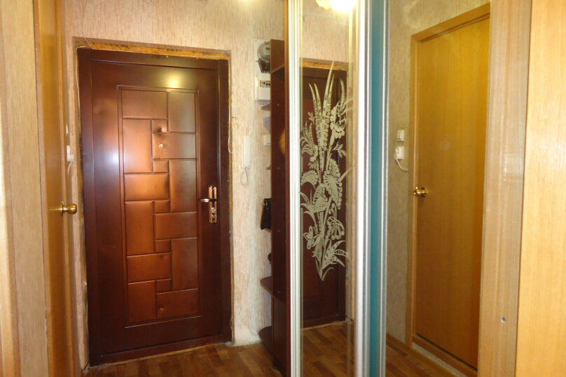 1-комн. квартира, 28 кв.м. на 3 человека, Индустриальный проспект, 23, метро Ладожская, Санкт-Петербург - Фотография 10