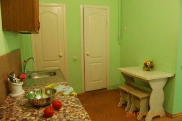 Двухкомнатный домик у самого Черного моря, 50 кв.м. на 8 человек, 2 спальни, улица Ивана Франко, 16, Евпатория - Фотография 4