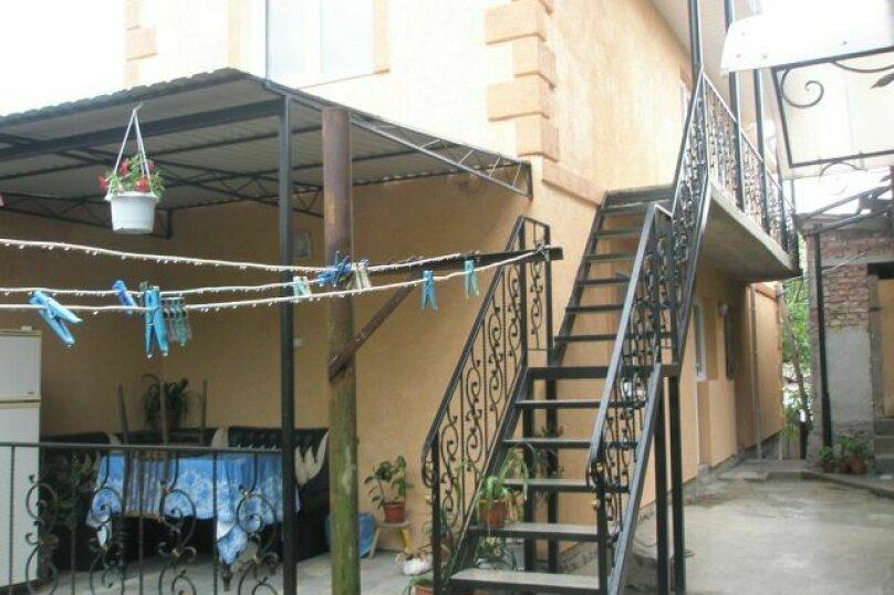 1-комн. квартира, 20 кв.м. на 4 человека, улица Колодяжного, 14А, Феодосия - Фотография 2