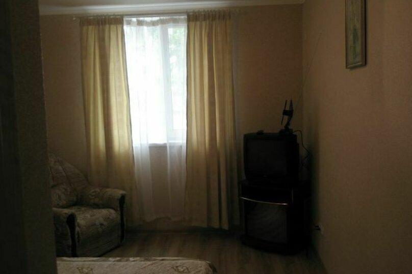 1-комн. квартира, 20 кв.м. на 4 человека, улица Колодяжного, 14А, Феодосия - Фотография 7
