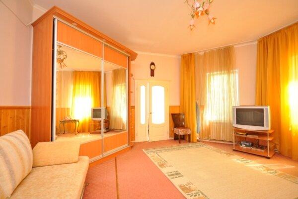 Коттедж, 50 кв.м. на 4 человека, 1 спальня, улица Горемыкиных, 41, Кореиз - Фотография 1