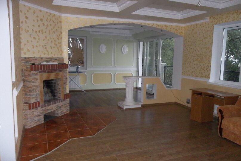 Дом с бассейном, 250 кв.м. на 10 человек, 4 спальни, Таврического, 43, Понизовка - Фотография 3
