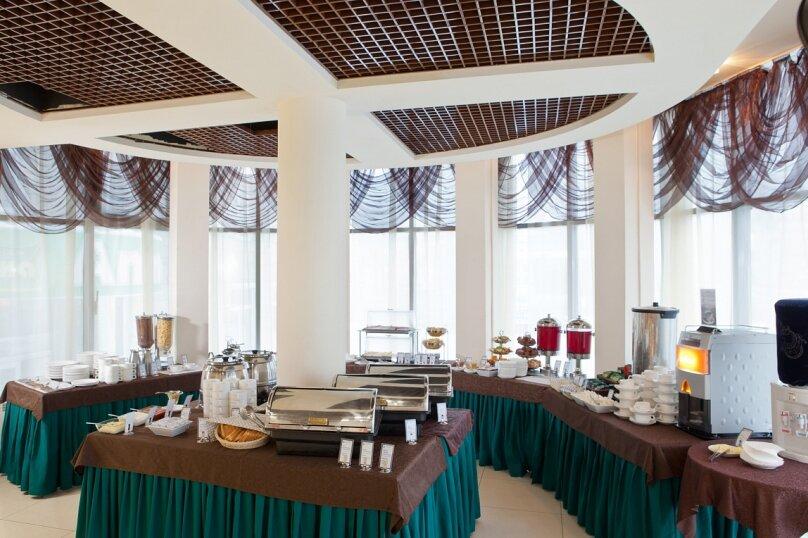 """Конгресс-Отель """"Маринс Парк Отель"""", улица Челюскинцев, 106 на 406 номеров - Фотография 15"""