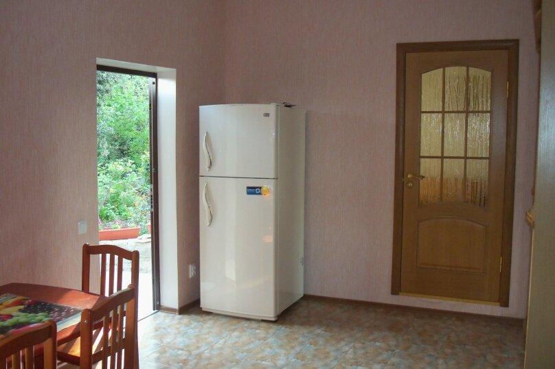 Комфортабельное жилье на 4 человека, 1 спальня, Ялтинская улица, 2, Алупка - Фотография 10