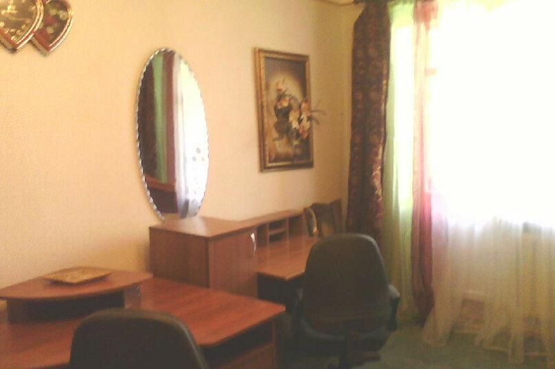 2-комн. квартира, 56 кв.м. на 5 человек, улица Чкалова, 171, Динамо, Феодосия - Фотография 1