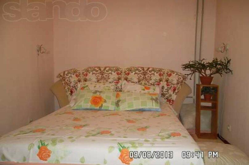 3-комн. квартира, 83 кв.м. на 6 человек, проспект Героев Сталинграда, 17, Севастополь - Фотография 2