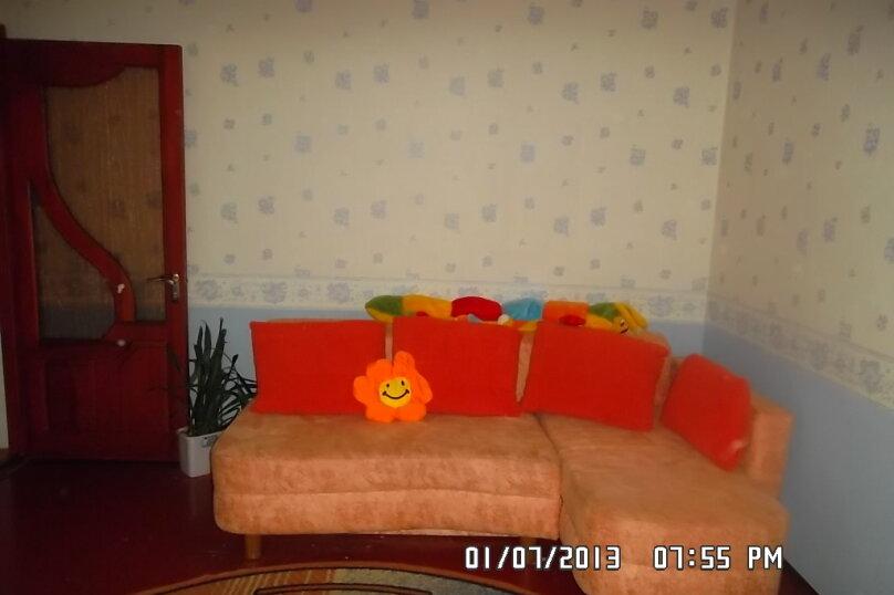 3-комн. квартира, 83 кв.м. на 6 человек, проспект Героев Сталинграда, 17, Севастополь - Фотография 3