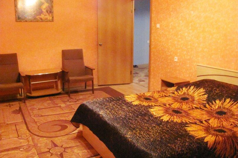 2-комн. квартира, 72 кв.м. на 4 человека, Антонова-Овсеенко, 31, Воронеж - Фотография 3