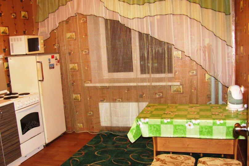 2-комн. квартира, 72 кв.м. на 4 человека, Антонова-Овсеенко, 31, Воронеж - Фотография 5