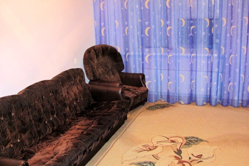 2-комн. квартира, 72 кв.м. на 4 человека, Антонова-Овсеенко, 31, Воронеж - Фотография 7