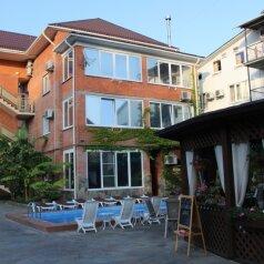 Мини-отель, Октябрьский переулок, 3 на 16 номеров - Фотография 1