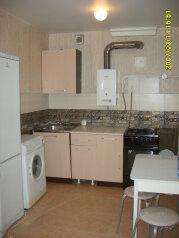 2-комн. квартира, 49 кв.м. на 5 человек, ул. Гайдара, 62, Дзержинск - Фотография 1