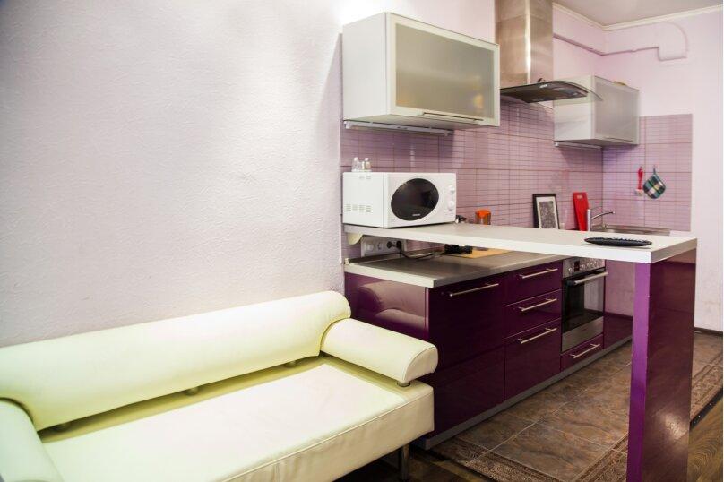 2-комн. квартира, 70 кв.м. на 5 человек, улица Авиаторов, 25, Красноярск - Фотография 11