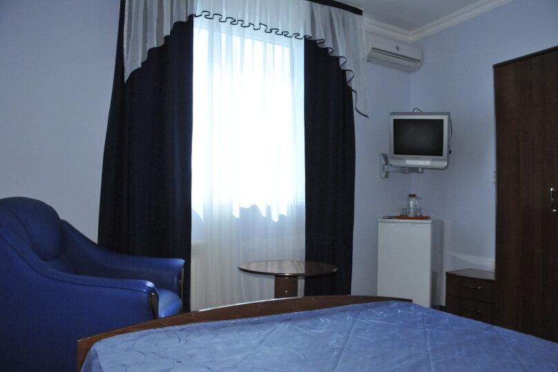 С одной двухспальной кроватью, улица Калинина, 8, Адлер - Фотография 1