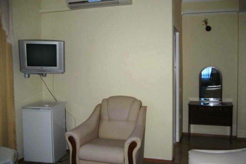 """Отель """"Ван"""", улица Калинина, 8 на 30 номеров - Фотография 44"""