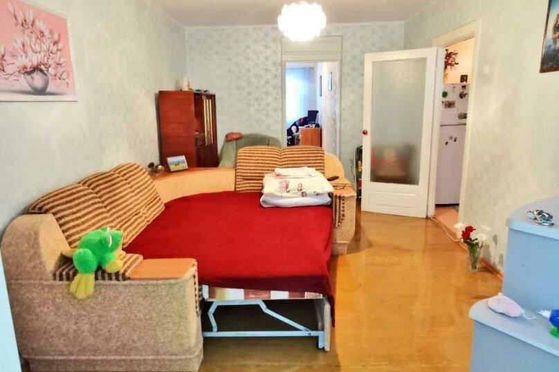 2-комн. квартира на 4 человека, улица Куйбышева, 2, Феодосия - Фотография 2