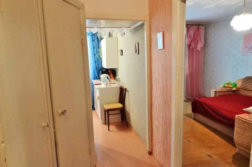 2-комн. квартира на 4 человека, улица Куйбышева, 2, Феодосия - Фотография 3