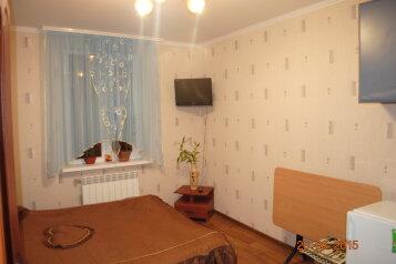 1-комн. квартира на 2 человека, улица Чехова, 31, Феодосия - Фотография 2