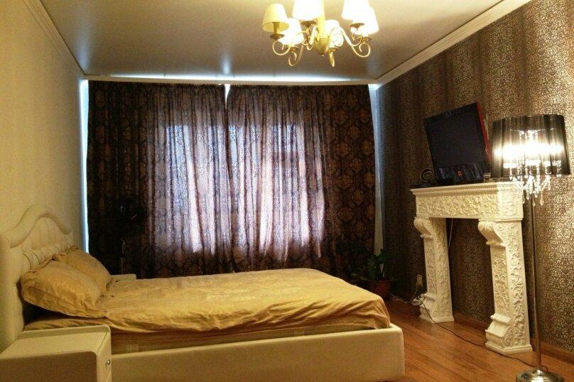 2-комн. квартира, 50 кв.м. на 3 человека, Краснофлотская улица, 12, Пермь - Фотография 1