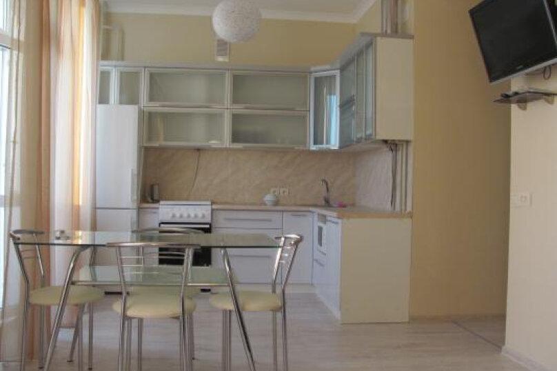 1-комн. квартира, 43 кв.м. на 4 человека, Античный проспект, 18, Севастополь - Фотография 1