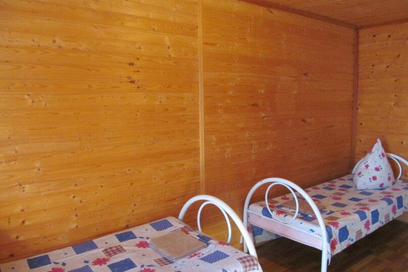 Эконом четырехместный, Десантная улица, 1Б, Геленджик - Фотография 1