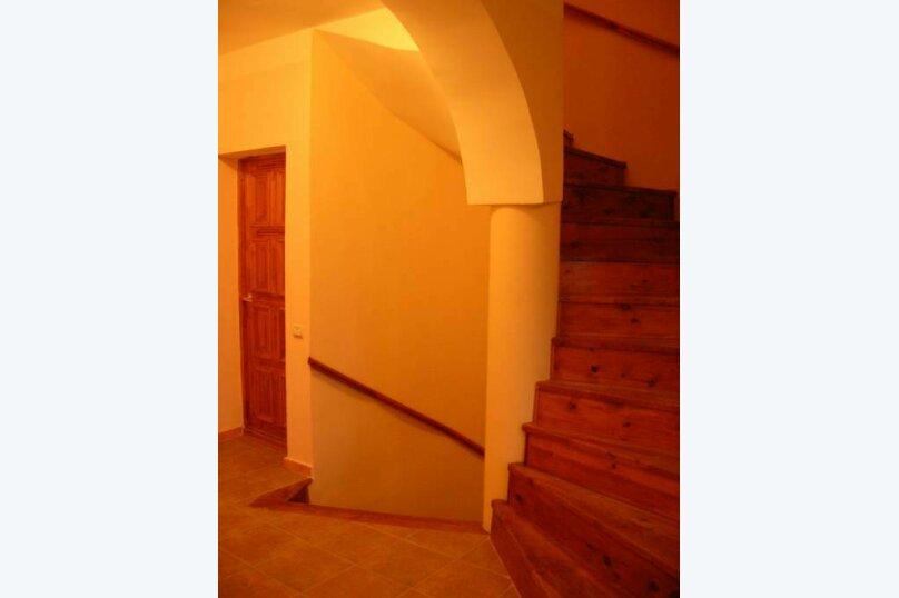 Коттедж, 175 кв.м. на 10 человек, 5 спален, Огородный переулок, 21, Вардане - Фотография 2