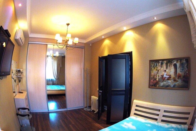 2-комн. квартира на 4 человека, Комсомольский проспект, 76, Пермь - Фотография 17