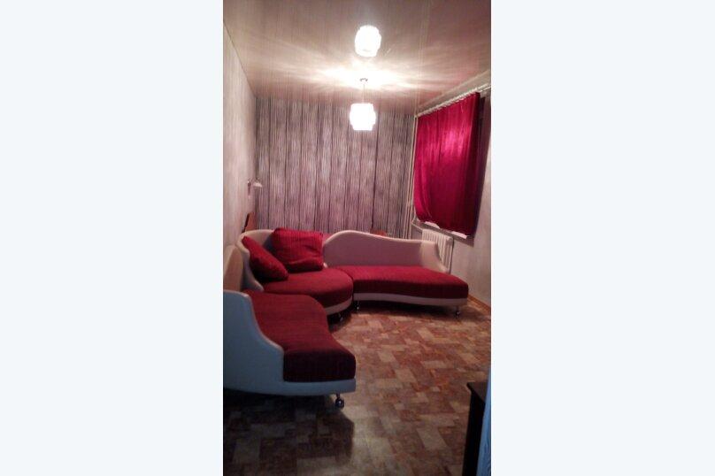 2-комн. квартира, 50 кв.м. на 6 человек, Центральная улица, 1к2, Уфа - Фотография 1
