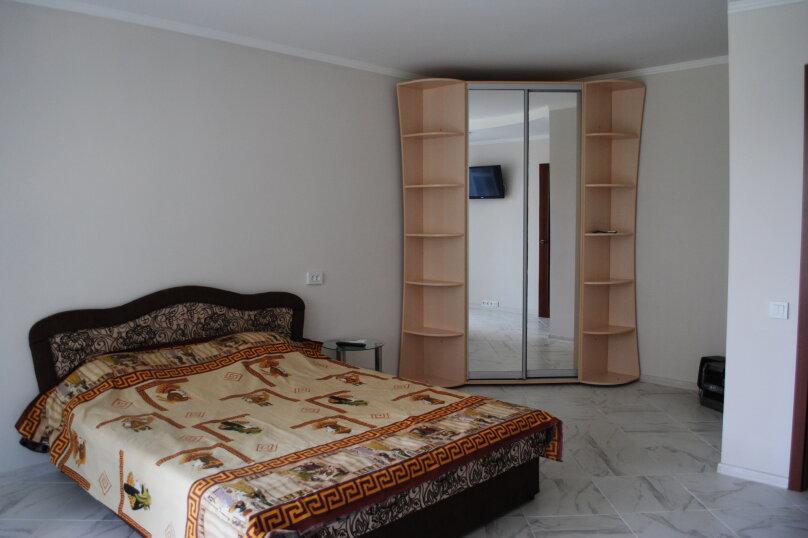 1-комн. квартира, 39 кв.м. на 4 человека, улица Дёмышева, 115, Евпатория - Фотография 1