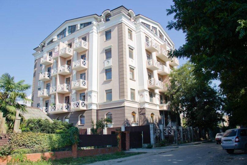 1-комн. квартира, 48 кв.м. на 5 человек, Тюльпанов, 17, Адлер - Фотография 1