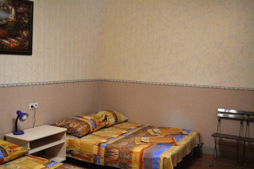 5 местная комната, Советская улица, 51, Геленджик - Фотография 1