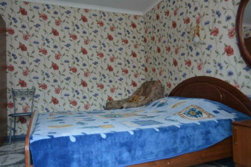 """Гостевой дом """"На берегу"""", Херсонская улица, 3 на 14 комнат - Фотография 35"""