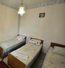 1-но комнатный 3-х местный:  Номер, Эконом, 3-местный, 1-комнатный, Гостевой дом, улица Толстого на 9 номеров - Фотография 3