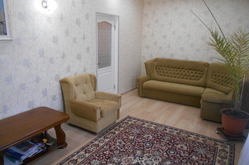 Дом с шикарным двором, 80 кв.м. на 6 человек, 3 спальни, улица Кропоткина, 3, Евпатория - Фотография 2