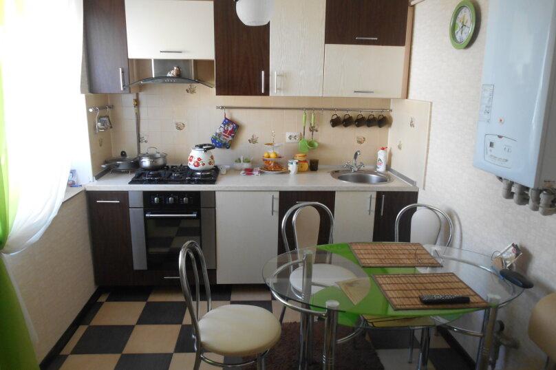 Дом с шикарным двором, 80 кв.м. на 6 человек, 3 спальни, улица Кропоткина, 3, Евпатория - Фотография 14