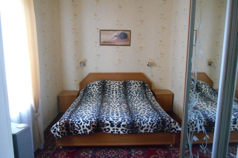 Дом с шикарным двором, 80 кв.м. на 6 человек, 3 спальни, улица Кропоткина, 3, Евпатория - Фотография 17