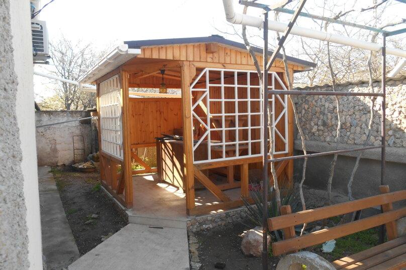 Дом с шикарным двором, 80 кв.м. на 6 человек, 3 спальни, улица Кропоткина, 3, Евпатория - Фотография 6