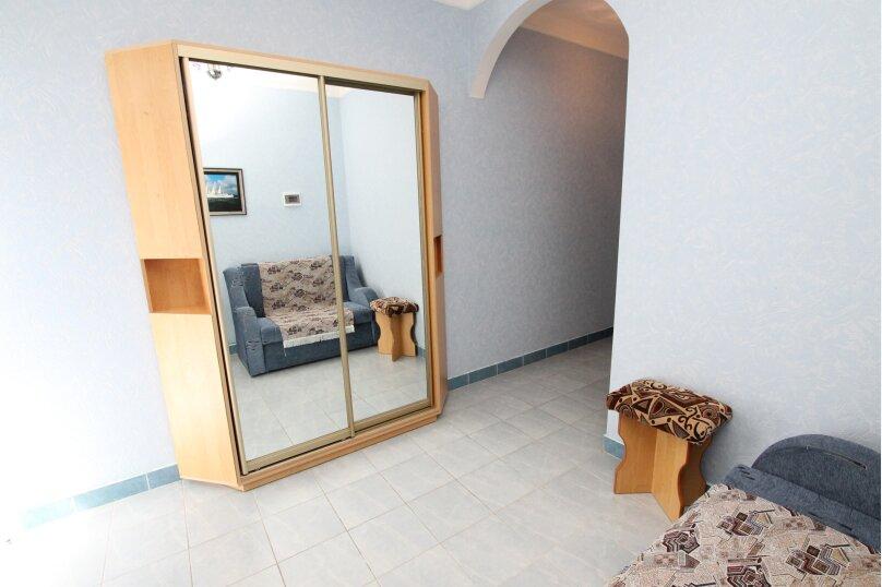 """Гостевой дом """"Мелания"""", бухта Двуякорная, 52 на 11 комнат - Фотография 21"""