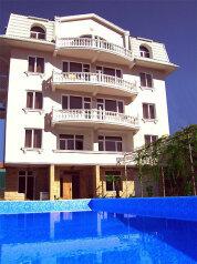 Мини-отель, переулок Рахманинова, 14А на 17 номеров - Фотография 1