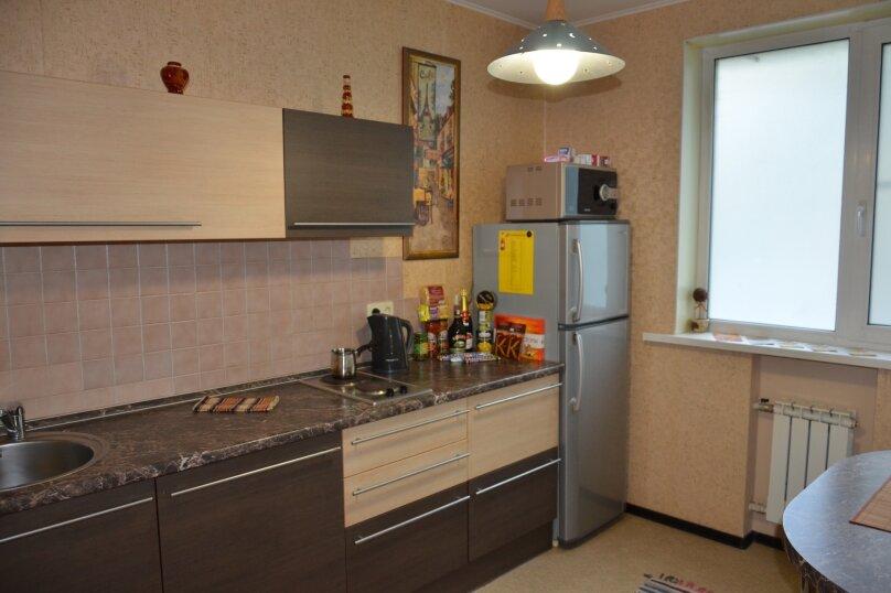 Отдельная комната, улица Автостроителей, 5, Тольятти - Фотография 1