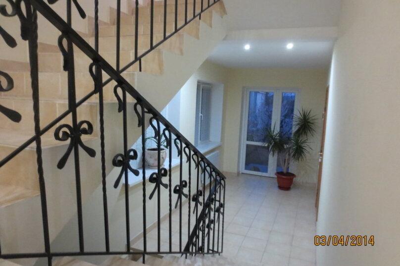 Часть дома с отдельным входом, 150 кв.м. на 10 человек, 5 спален, Интернациональная улица, 17, Береговое, Феодосия - Фотография 9