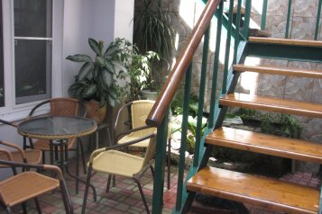 Дом под ключ, 100 кв.м. на 8 человек, 3 спальни, улица Гоголя, Анапа - Фотография 1